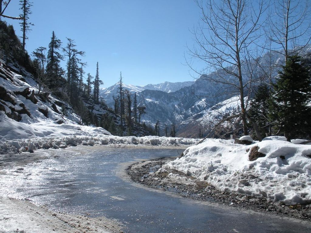 hill town of Manali is